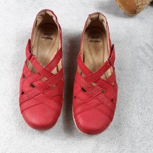 Earth Origins Rapid Teddy Red Leather Flats
